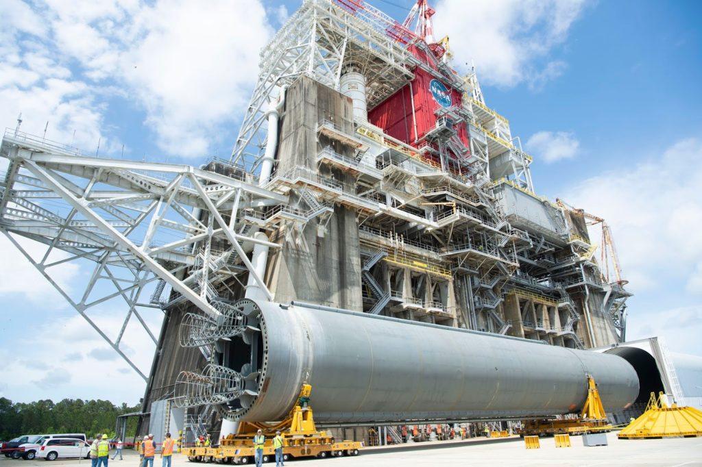 Bridenstine Greenlights 'Green Run' Full Duration Engine Test for NASA's SLS Core Stage Moon Rocket