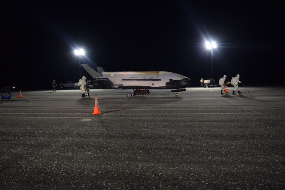 U.S. Air Force X-37B Spaceplane breaks record, lands after 780 days in orbit