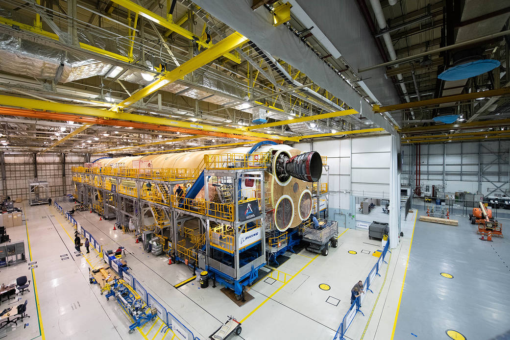 1st RS-25 Engine Attached to NASA Artemis 1 SLS Core Stage