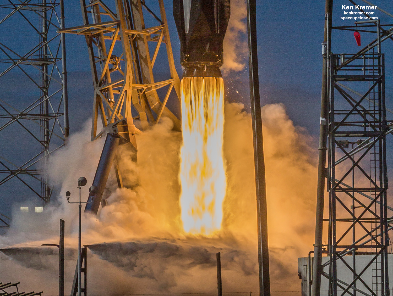SpaceX Launches 2nd Batch of Starlink Broadband Sats with 1st Quadruply Launched Booster and 1st Reused Fairings on Veterans Day: Photos