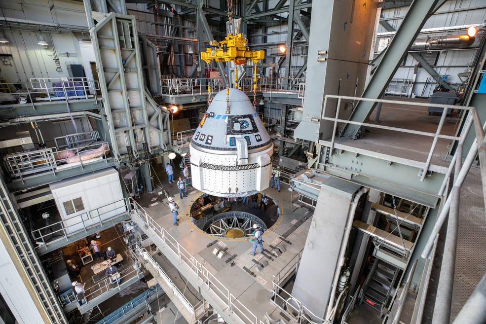1st Flightworthy Boeing Starliner Crew Capsule Bolted Atop ULA Atlas V Launcher for 1st Uncrewed Test Flight