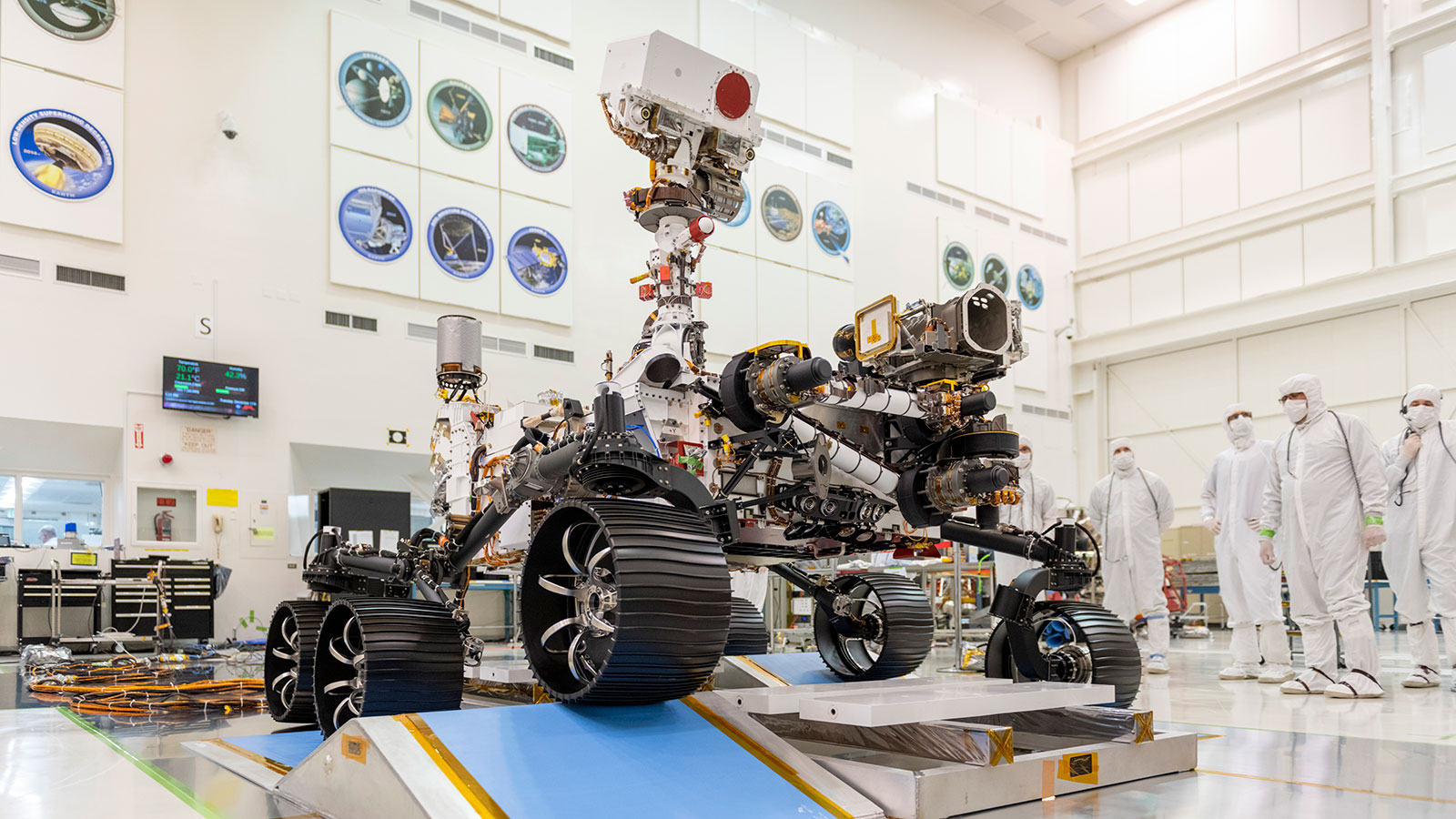 NASA Mars 2020 Rover Completes First Test Drive