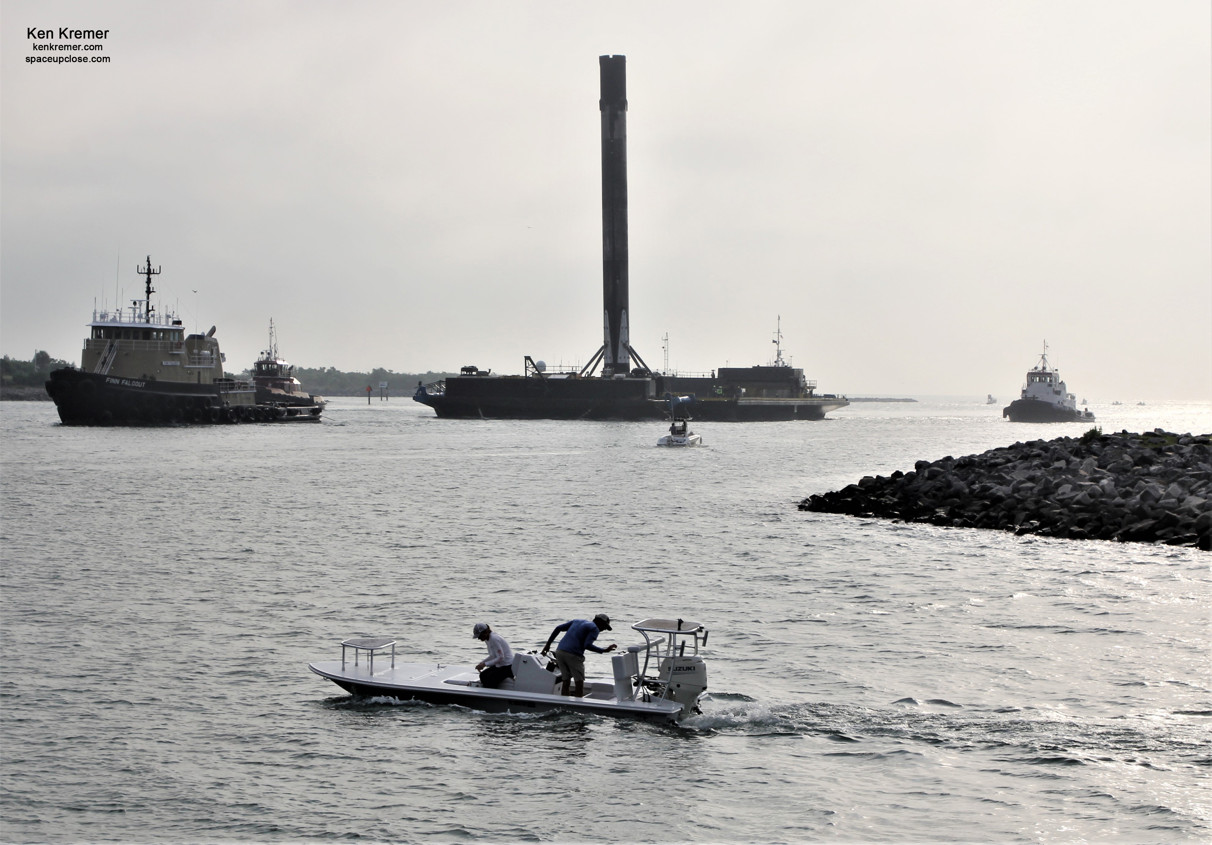 Recovered SpaceX Falcon 9 Starlink 1st Stage Sails into Port Canaveral