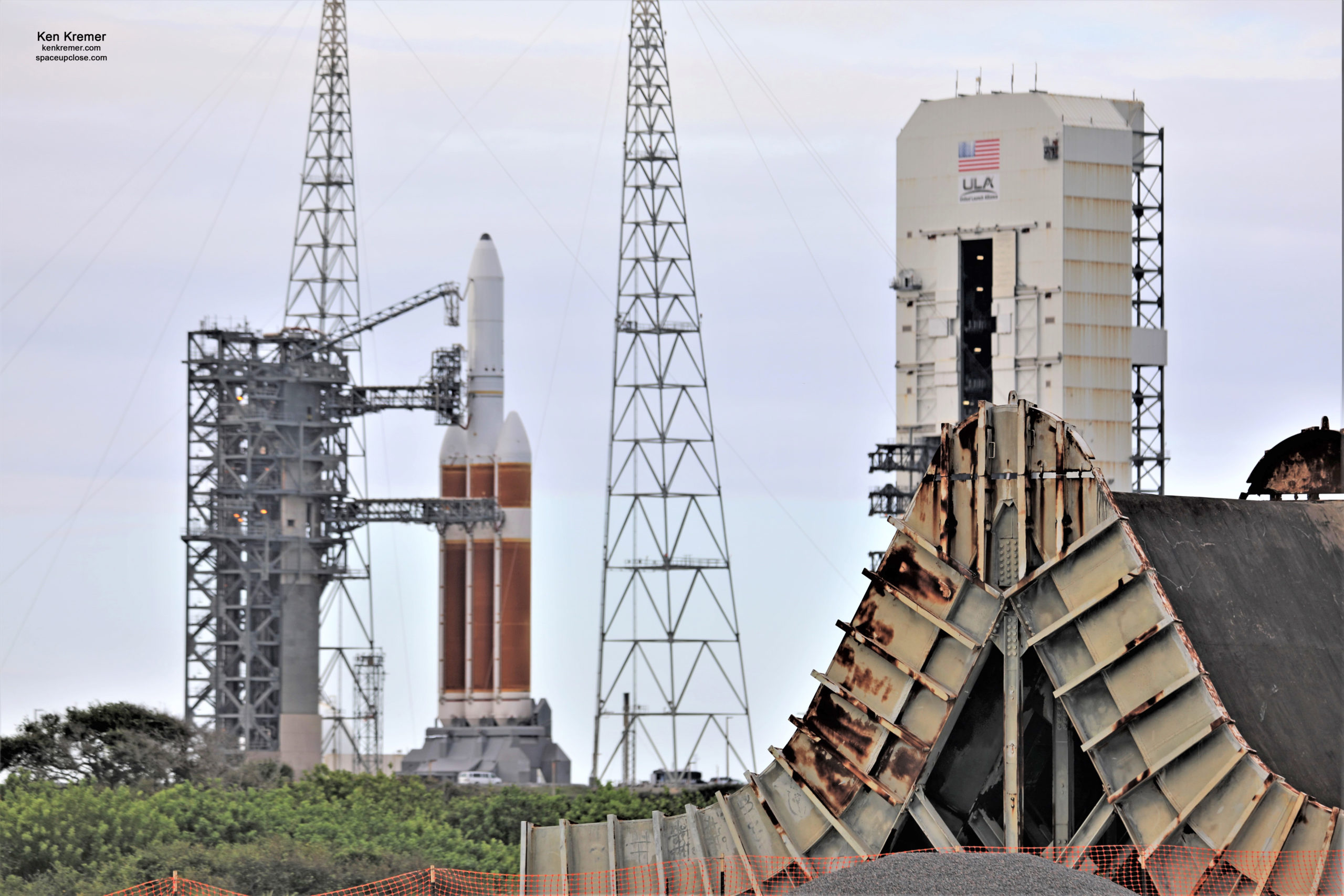 Weather Looks Good for Dinnertime Launch Oft Delayed ULA Delta IV Heavy Spysat Dec 10: Photos