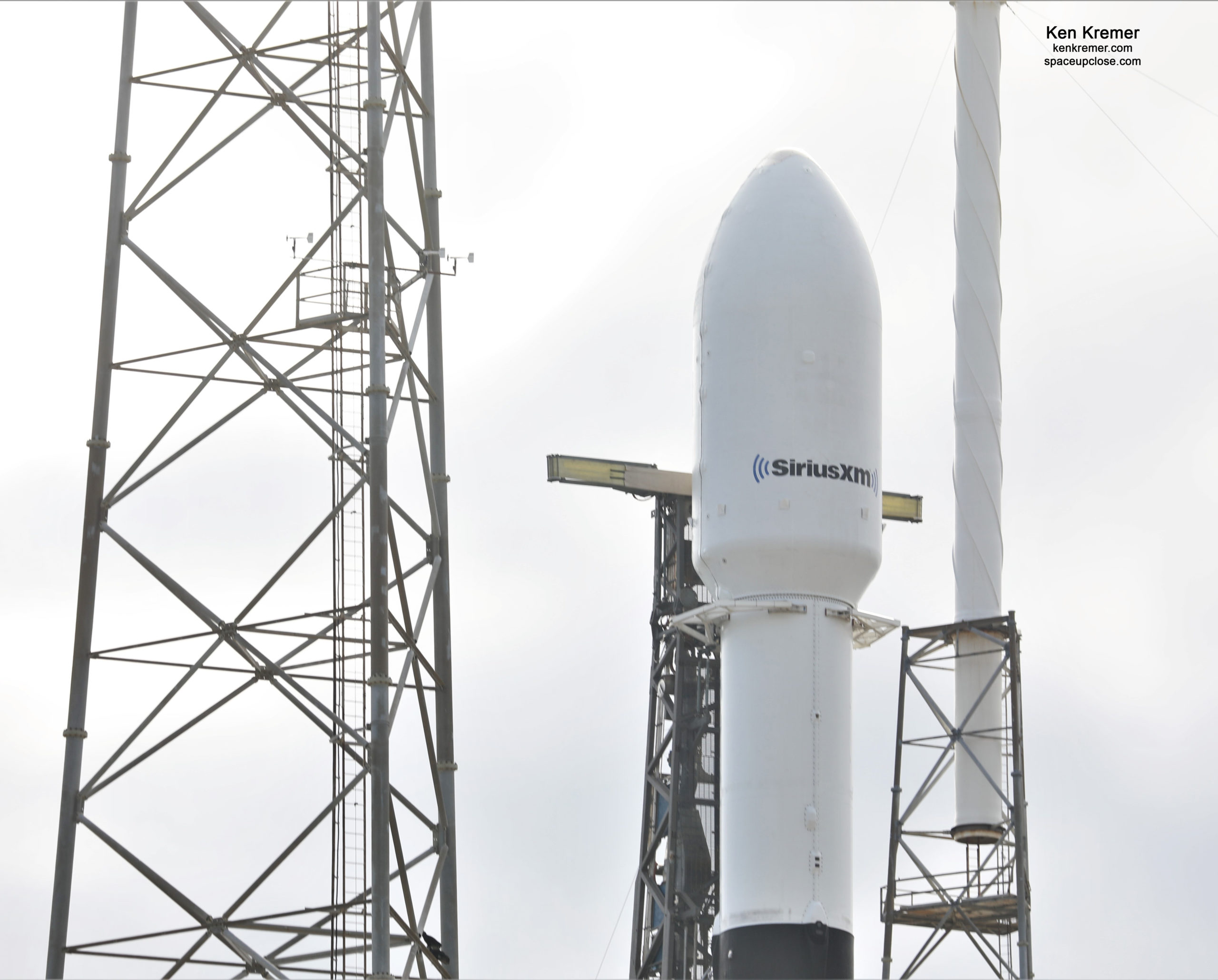 SpaceX Targets Sunday Dec. 13 Launch for SiriusXM SXM-7 Digital Audio Satellite after Friday Scrub: Watch Live/Photos