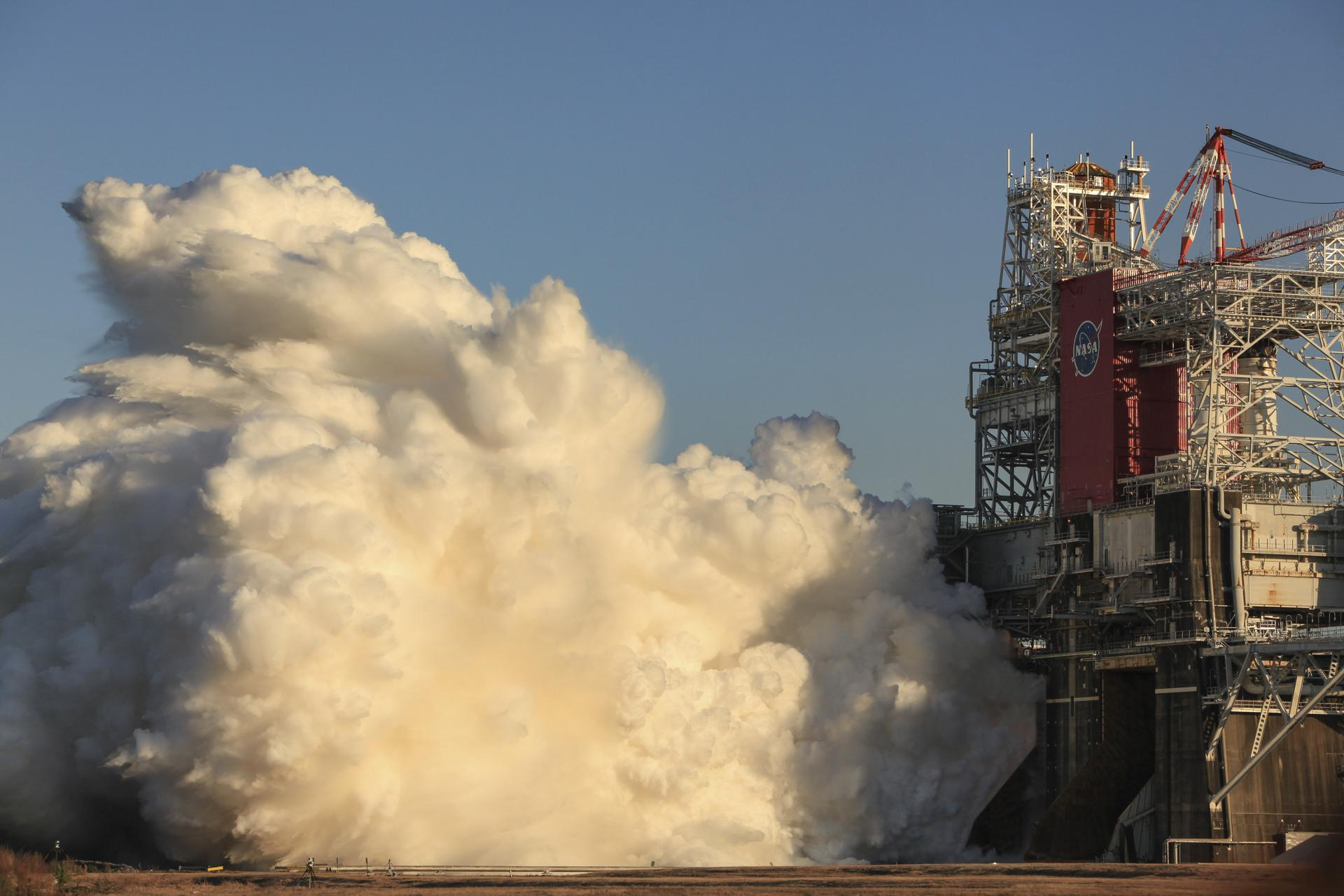 NASA Decides to Perform 2nd SLS Green Run Hot Fire Test Late February