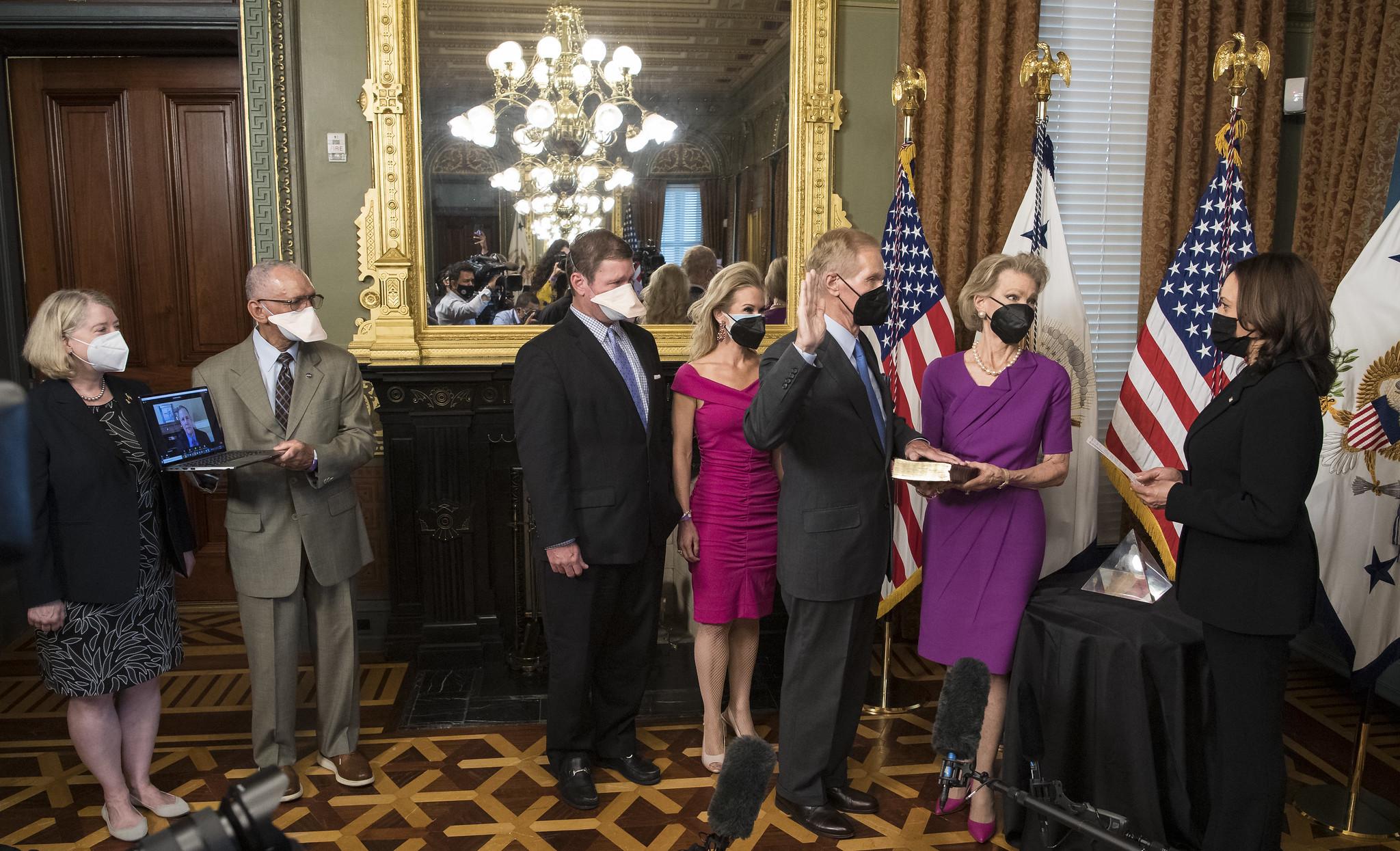 Former U.S. Senator Bill Nelson Sworn in as Next NASA Administrator after Unanimous Senate Confirmation